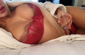 Chayma live escort in Orange