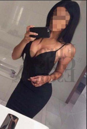 Ezia escort in Monroe and tantra massage