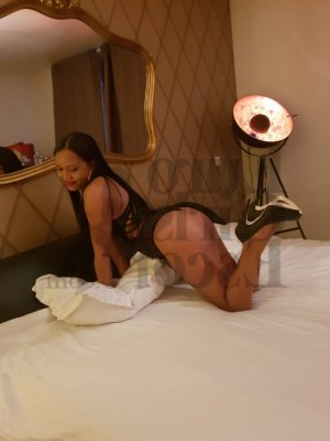 Guenaele ts live escort and nuru massage