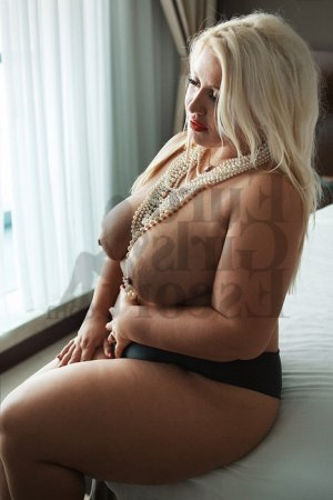 Cossette escort girl, tantra massage
