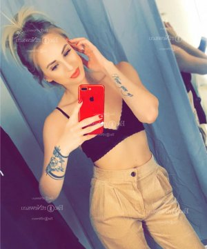 Madleen call girl in Gary, thai massage