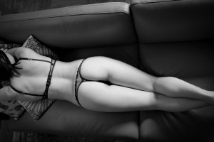 Aude-claire call girl & erotic massage