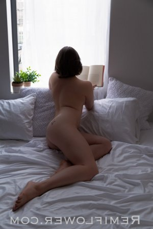 Marie-desiree live escort & thai massage